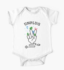 UNPLUG Kids Clothes
