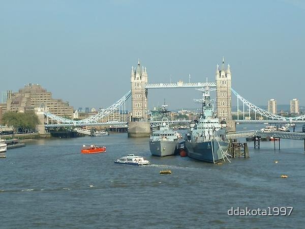 London Ships by ddakota1997