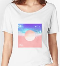 Birds and Sun Women's Relaxed Fit T-Shirt