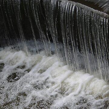 waterfall by FrankieJo