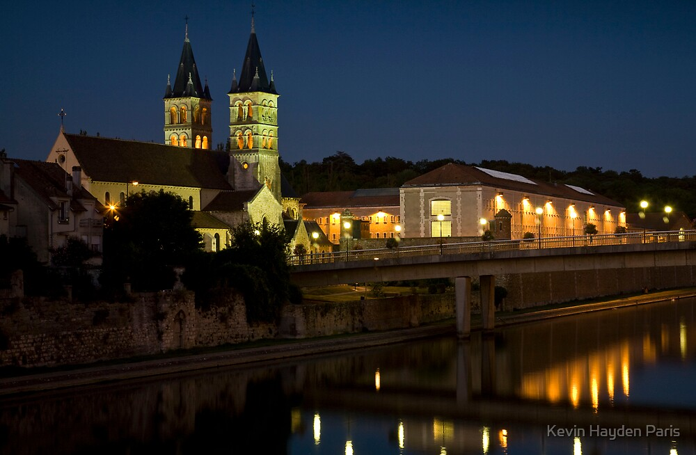 Melun by Night by Kevin Hayden