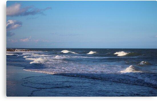 Sea Waves by Cynthia48