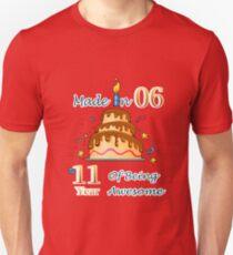 11. Geburtstags-Geschenk-T-Shirt gemacht im Jahre 2006 ehrfürchtiges 11 Jahre alt Slim Fit T-Shirt