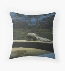 Armoured ant eater Throw Pillow