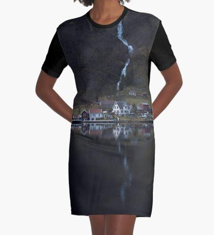 Fluss, der verschwindet T-Shirt Kleid