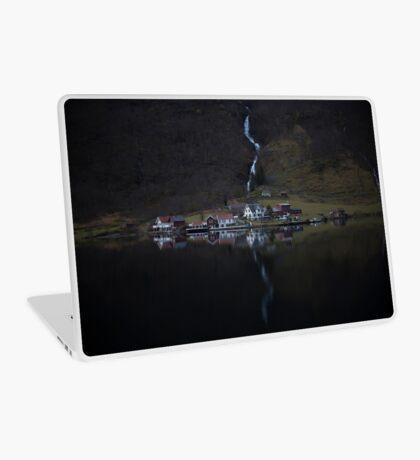 Fluss, der verschwindet Laptop Folie