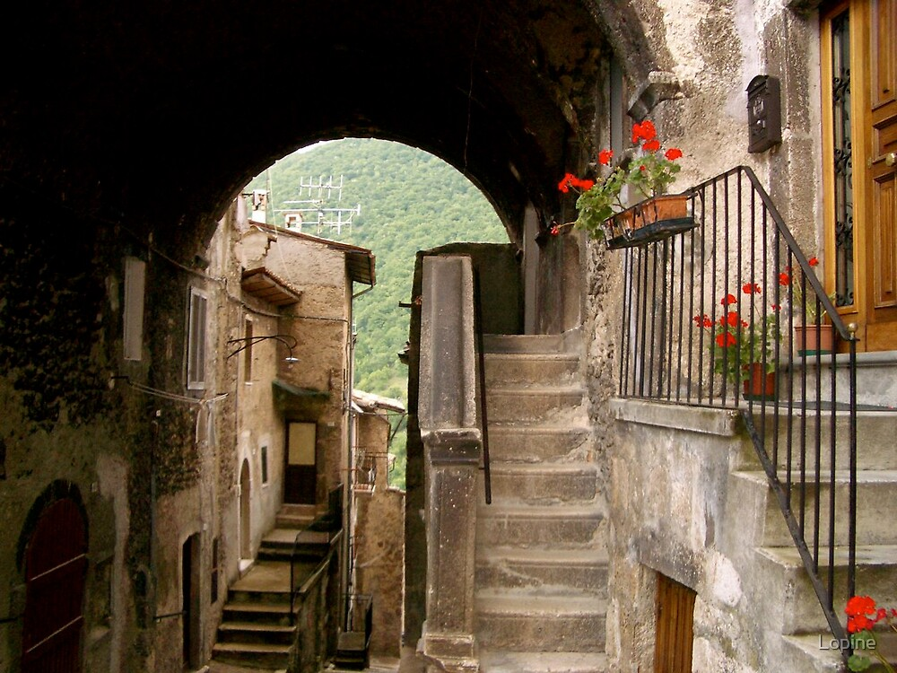 Scanno, Abruzzo Italy 2006 by Lopine