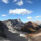 Pocaterra Cirque view by zumi