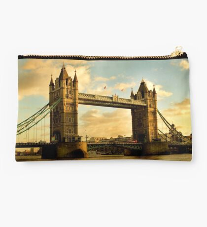 Tower Bridge - London Studio Pouch