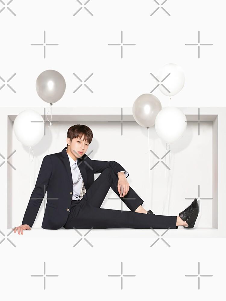 Wanna One x Ivy Club ft. Lai Guanlin (라이 구안 린) de sai08