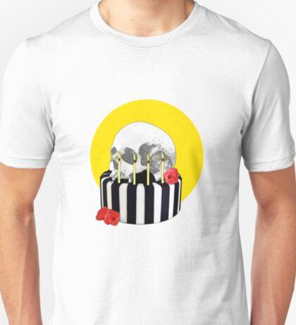 skull cake T-Shirt