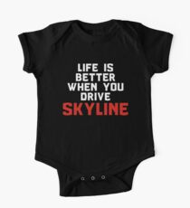 Life is better when you drive skyline (white/red) One Piece - Short Sleeve