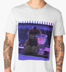 Bear in a Bar Men's Premium T-Shirt