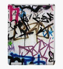 Friday Street Graffiti 16 iPad Case/Skin