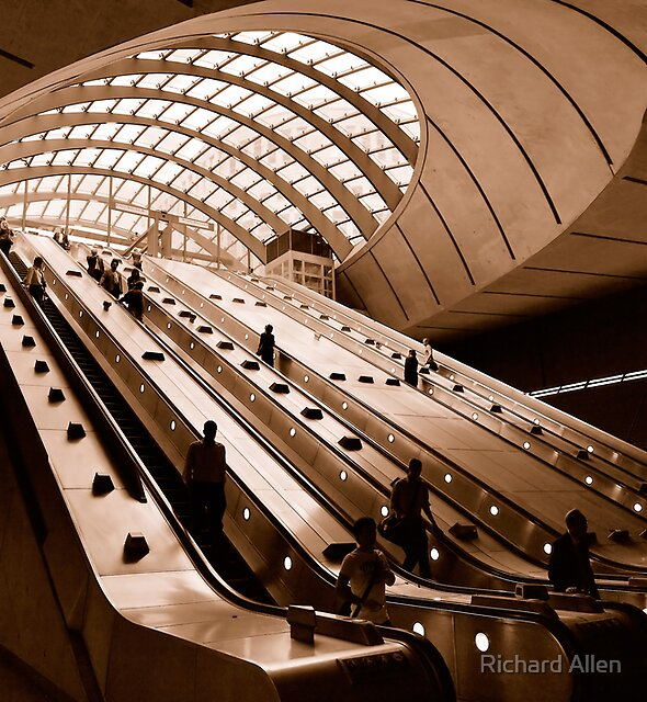 Canary Wharf by Lea Valley Photographic