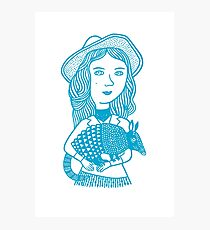 Girl with Pangolin (blue) Fotodruck