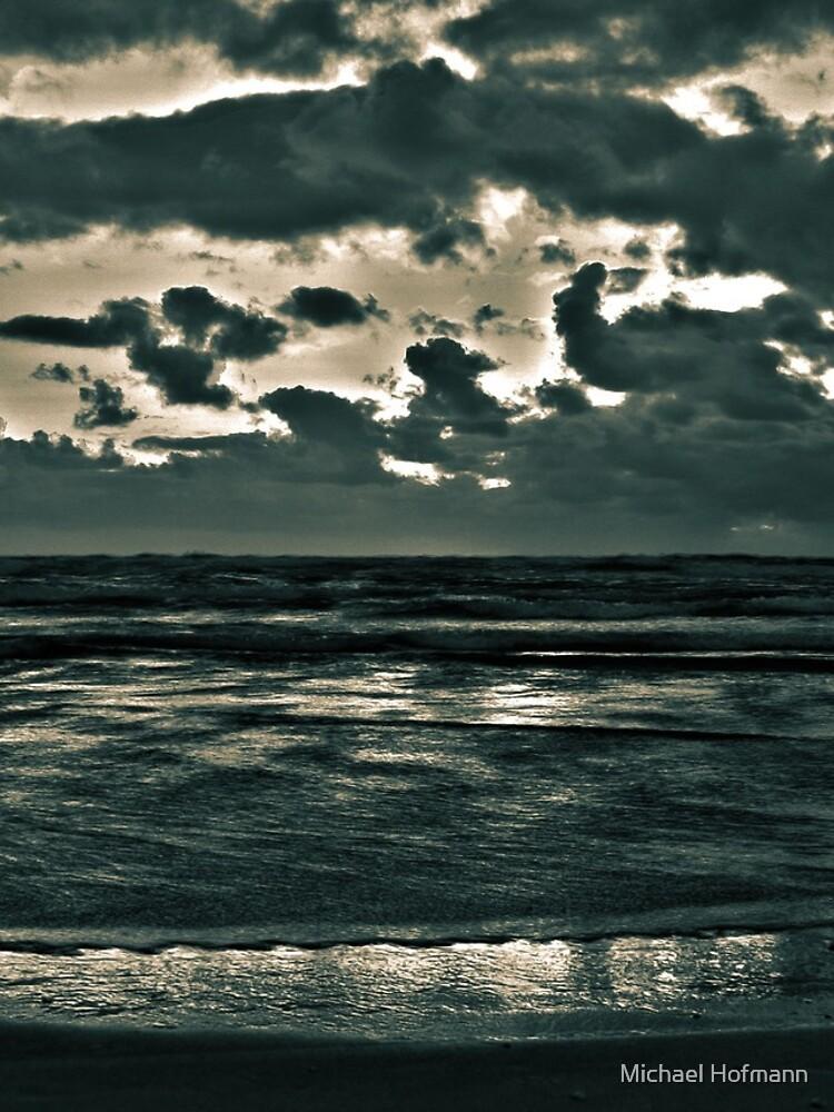 dusky sea by Mows