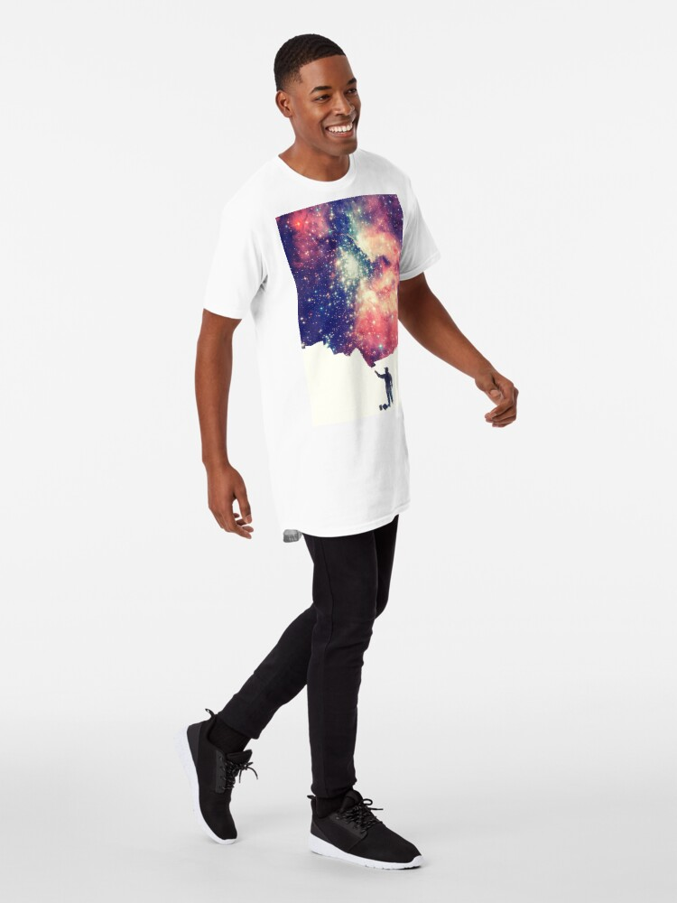 Vista alternativa de Camiseta larga Pintar el universo (arte espacial colorido y negativo)
