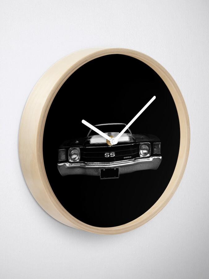 Alternate view of 1972 Chevy Chevelle - black Clock
