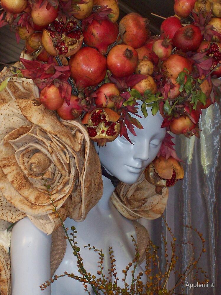 organic woman by Applemint