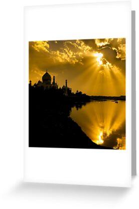 Taj Mahal God Rays - Greeting Card by Glen Allison