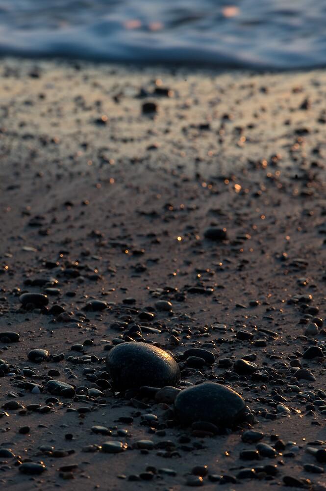 Sunrise on the rocks by Glenn Barnett