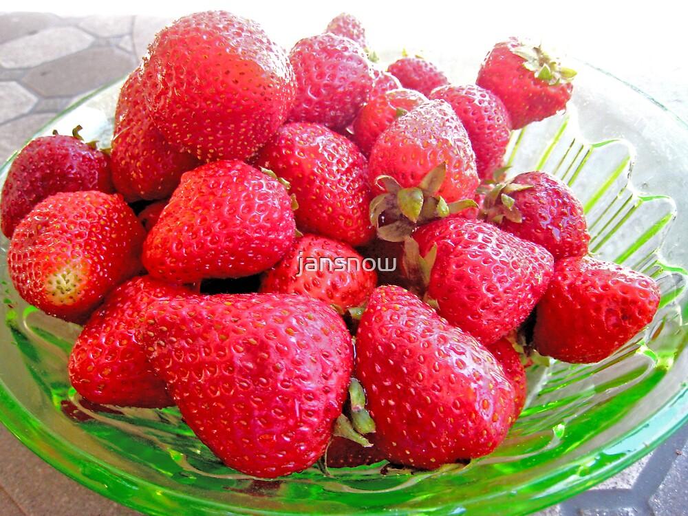 Berry Berry Nice! by jansnow