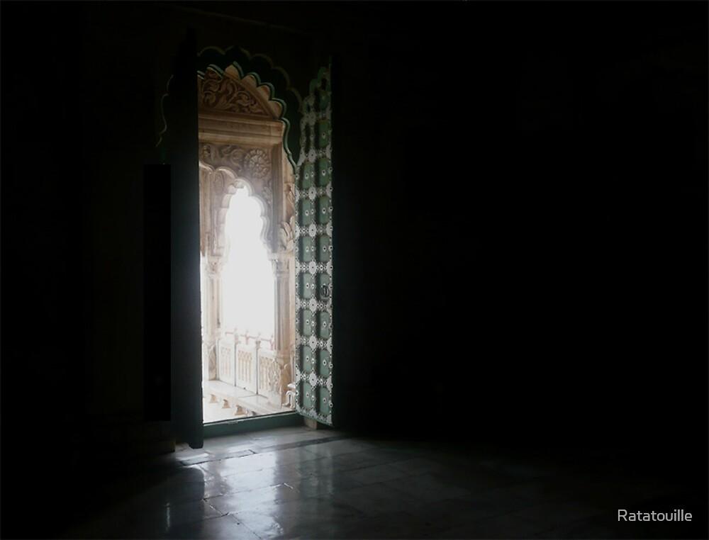 Temple door  by Ratatouille