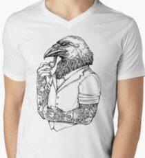 Der Krähenmann T-Shirt mit V-Ausschnitt