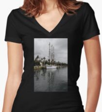 Santa Eulalia Beauty Women's Fitted V-Neck T-Shirt