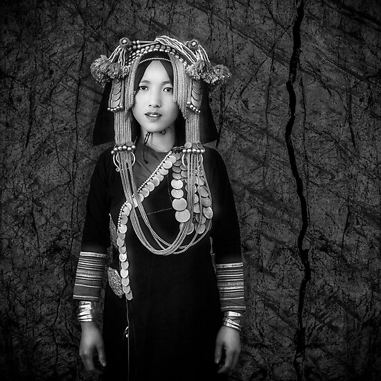 'Akha Hill Tribe Innocence' Metal Print by Glen Allison