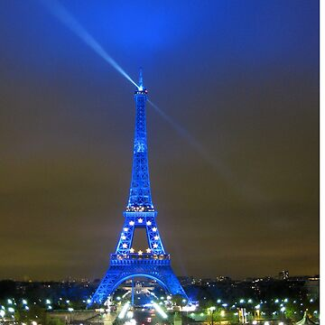 La Tour Eiffel En Bleu by JohnDouglas