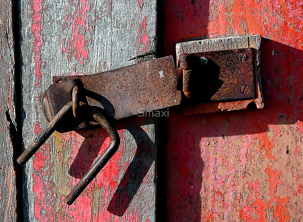 Broken Lock by Smaxi
