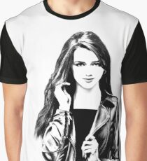 Girl with long hair in BW Graphic T-Shirt