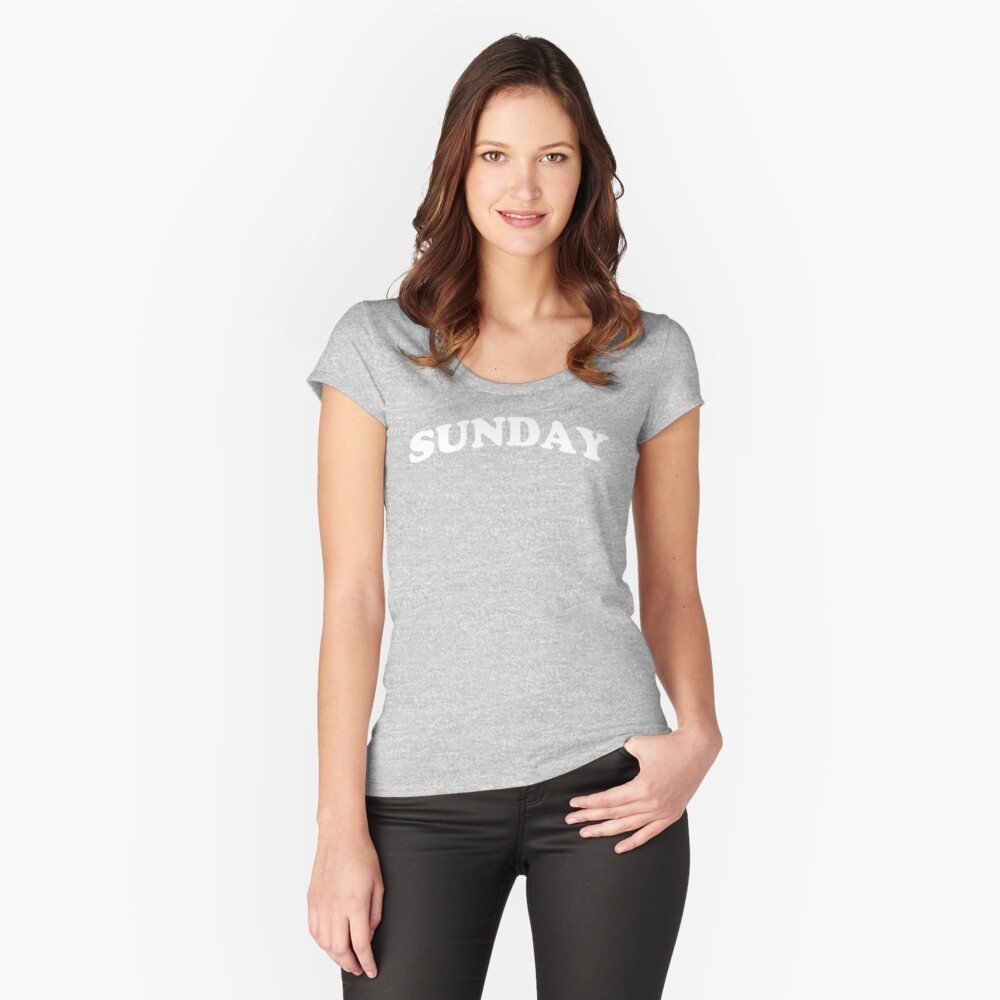 Sunday logo statement Women's Fitted Scoop T-Shirt Front