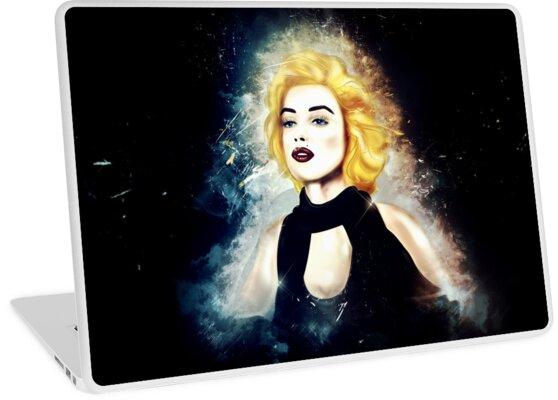 Marilyn black background by Chrystelle Hubert