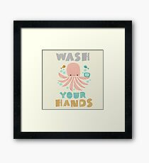 Splish Splash Zoo - Waschen Sie Ihre Hände Gerahmtes Wandbild
