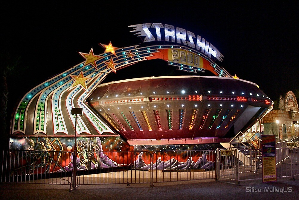 Starship Ride at a Night Carnival by SiliconValleyUS