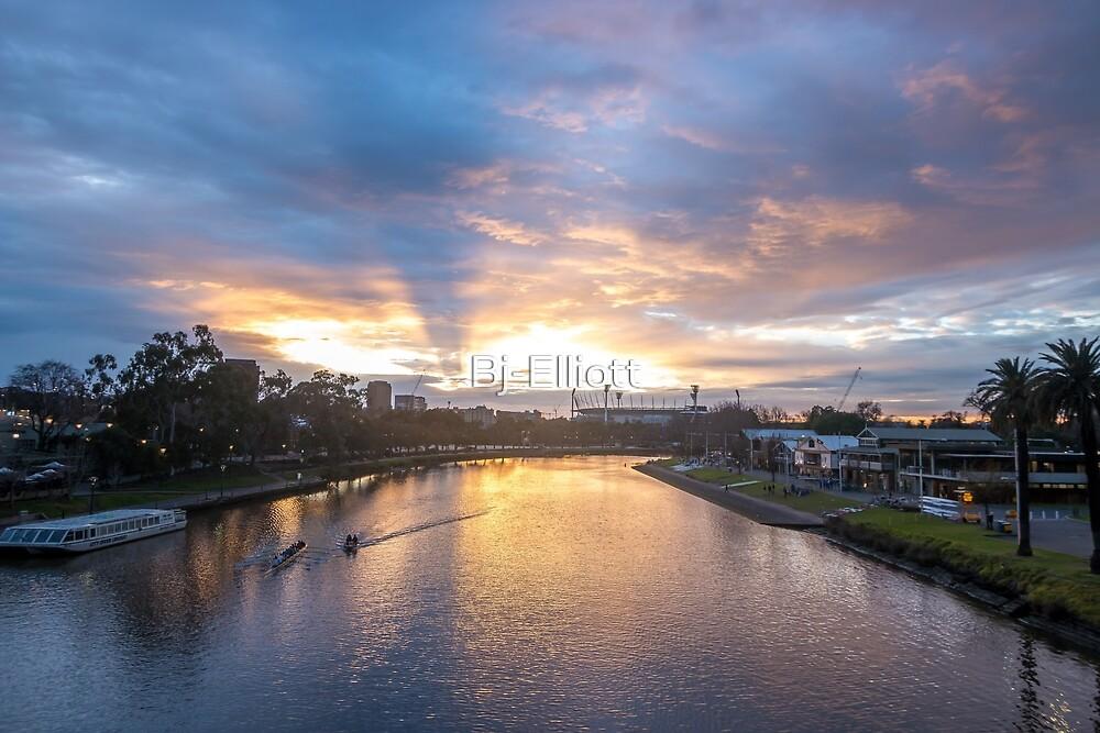 Sunrise from Princes Bridge Melbourne. by Bj-Elliott