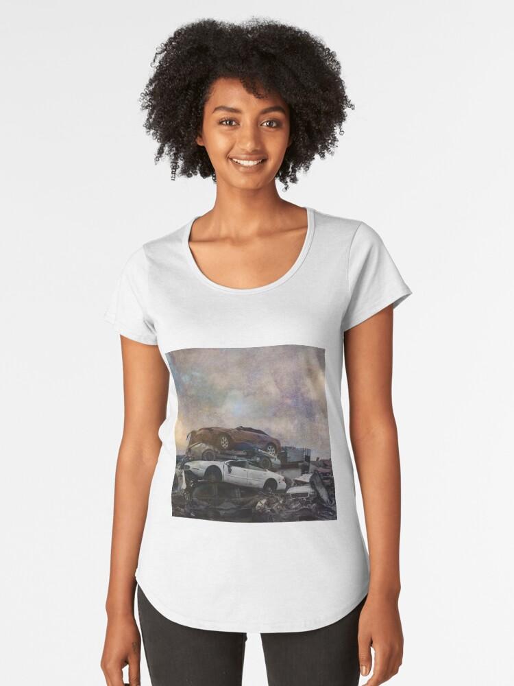 Jango car pile up Women's Premium T-Shirt Front