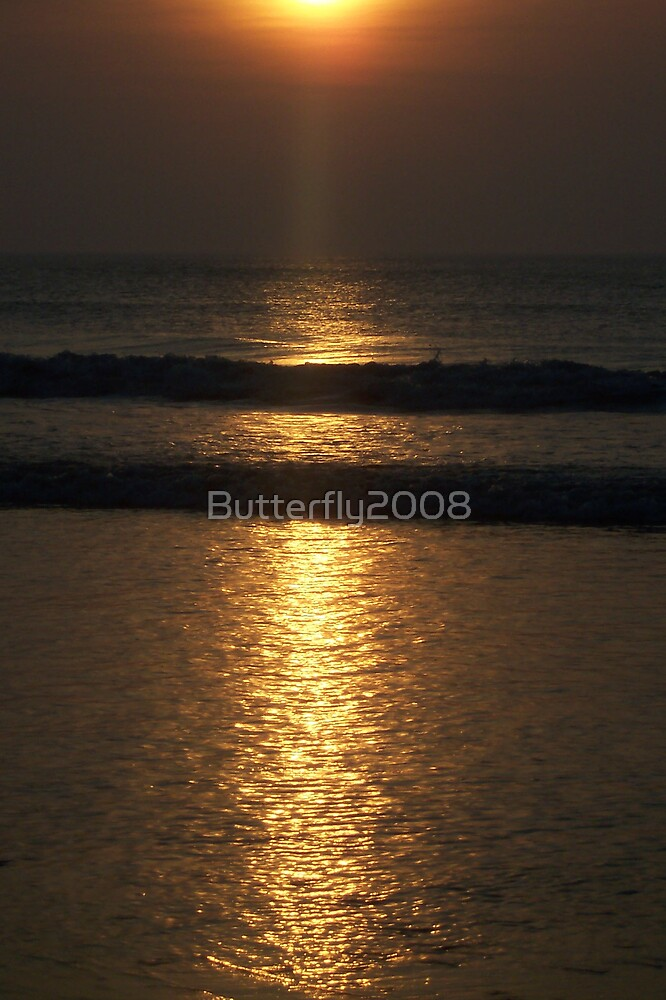 Sunrise reflecting by Butterfly2008