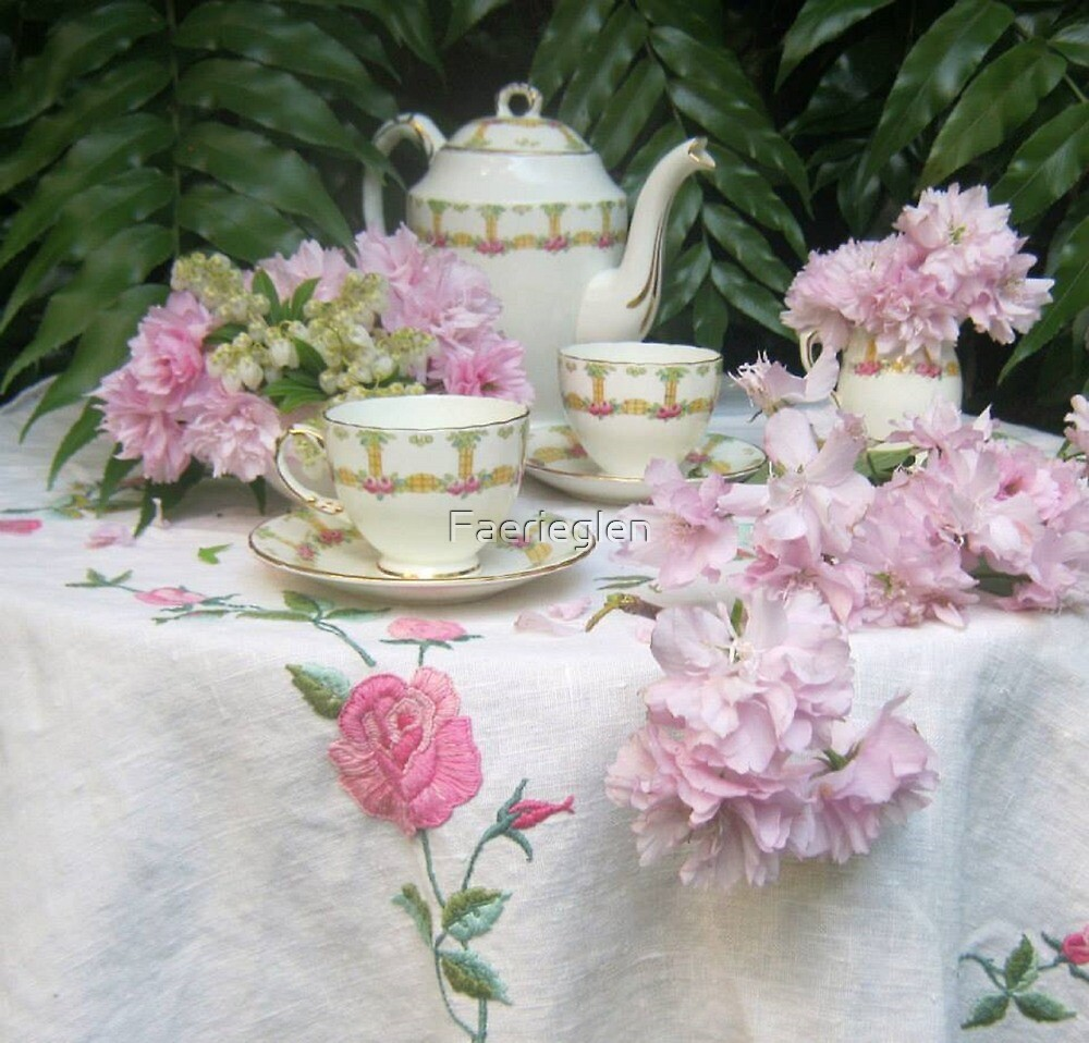 A dainty tea party by Faerieglen