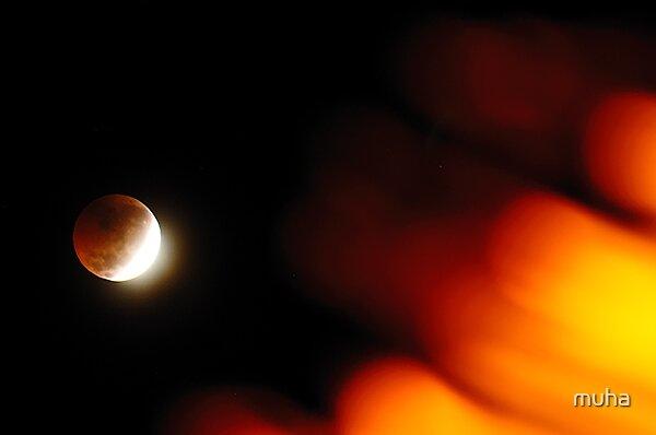 Lunar eclipse by muha