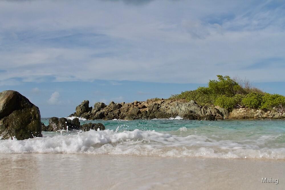 Beachy Days  by Maiag