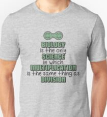 Biology ➢ Multiplication = Division➢ Funny Science Unisex T-Shirt