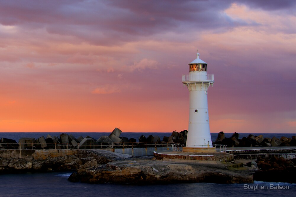 Wollongong Lighthouse sunset by Stephen Balson