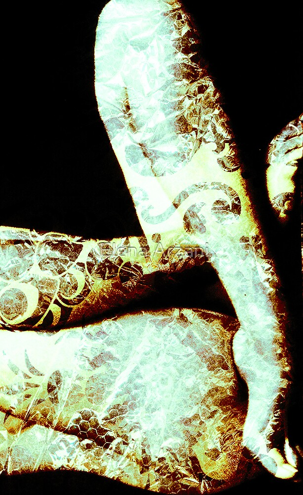 naked like a snake 1 by Elena Arzani