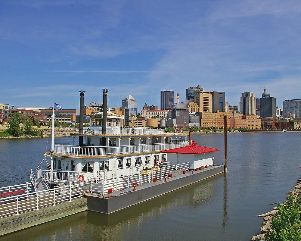 St Paul Riverboats by Tom  Reynen