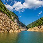 China. Yangtze River Cruise. Beautiful Scenery. by vadim19