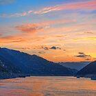 China. Yangtze River Cruise. Sunset. by vadim19